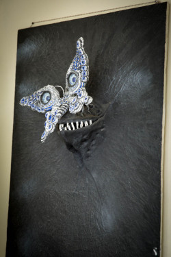 Бабочка и мрак | himerikon.com